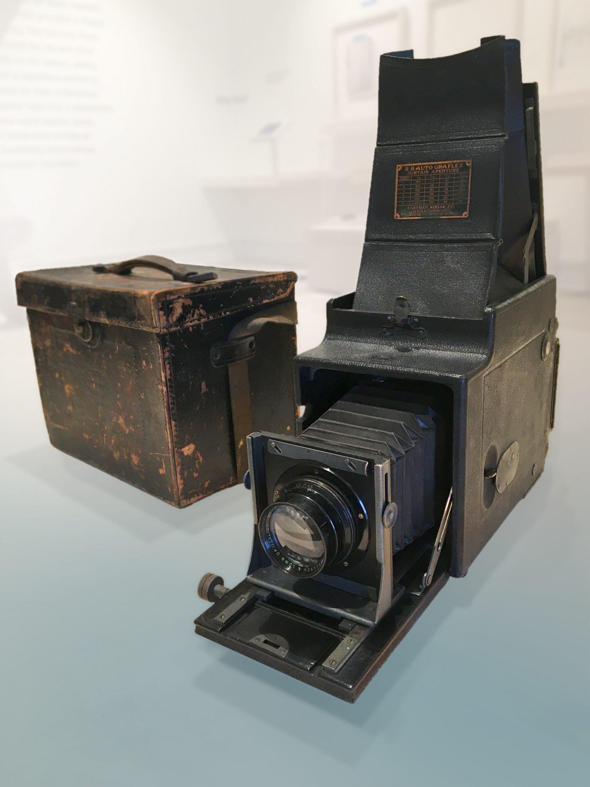 1916 Graflex Camera