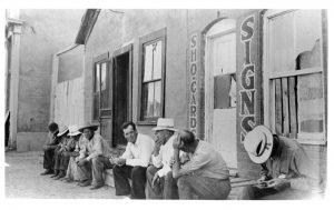 Main Street - sitting around, ~1925